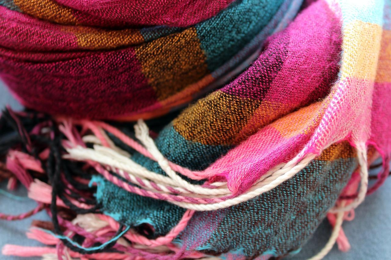 Tkaniny w kratę – ponadczasowy trend