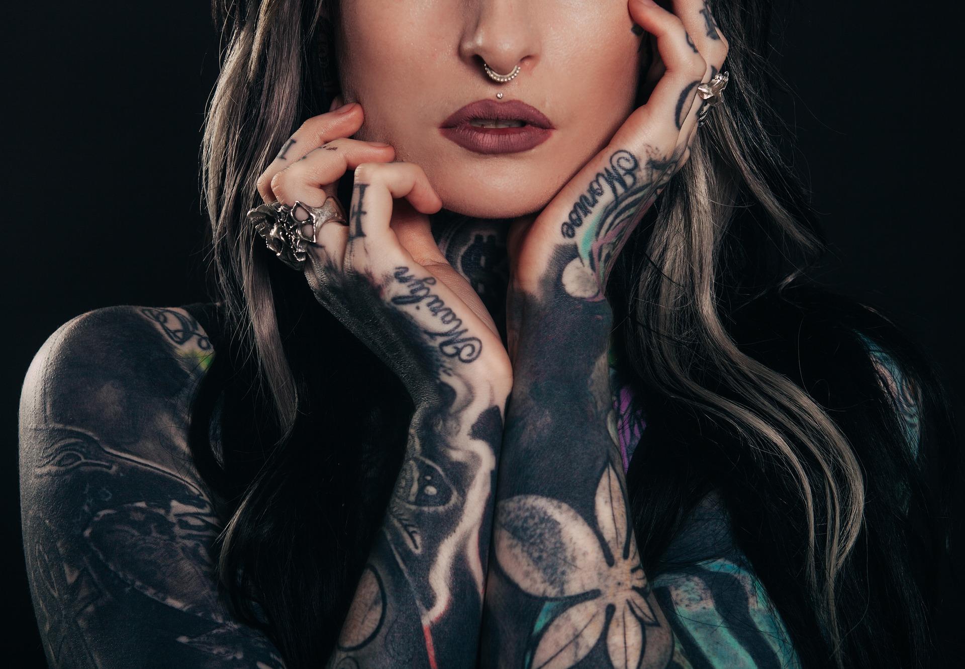 Usuwanie kolorowych tatuaży – dziś to żaden problem!